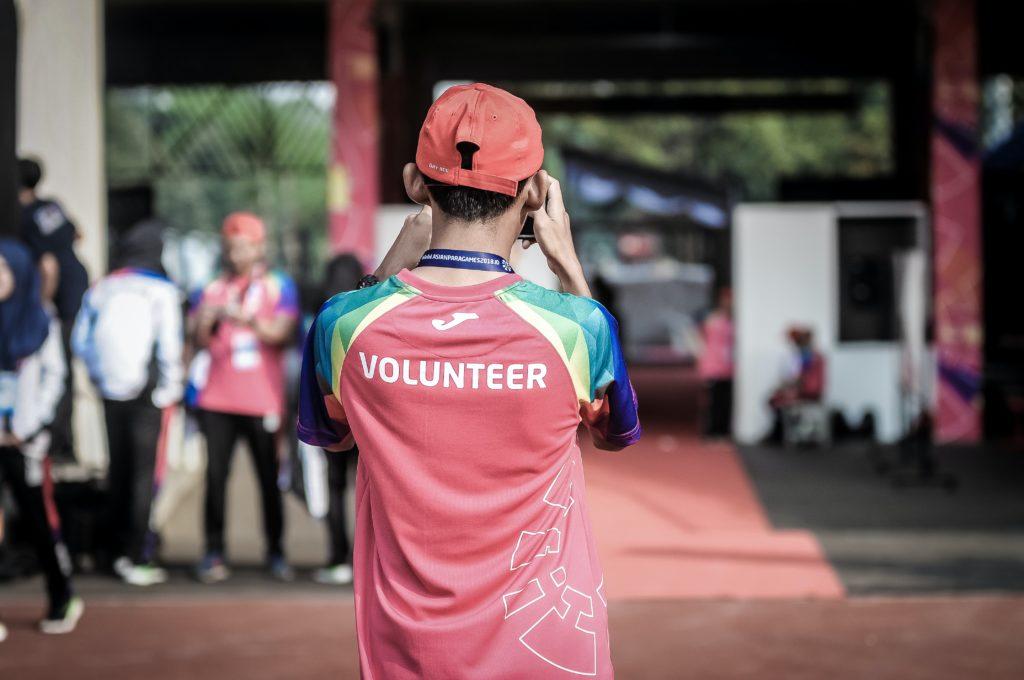 Man volunteering